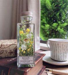Flower Crafts, Flower Art, Coffee Soap, Disney Jewelry, Purple Aesthetic, Beautiful Homes, House Beautiful, Bird Feeders, Mason Jars