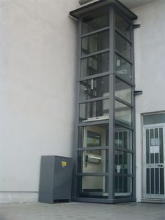 ! Easy Move Platform Lift from CE Lifts