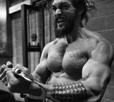 #repost Mark Twight September 2016: #JasonMomoa at the House Gym Leavesden aka Workshop 11.  Work hard.  Party hard.  Recover hard. http://www.marktwight.com/pages/2000s #isitshirtlesssaturday #momoamamas