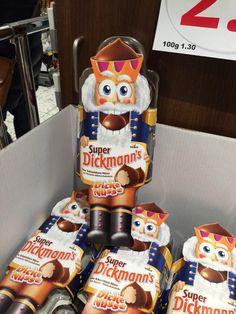 """""""Mega #Fail von #Storck Dickmann's zu Weihnachten. """"Dicke Nüsse"""" na ja, aber dann drucken die es auch noch da!"""""""
