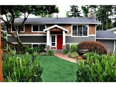 How to fix a raised ranch curb appeal pinterest for Types of split level homes