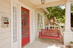 12th South Cozy Cottage w/Porch - vacation rental in Nashville, Tennessee. View more: #NashvilleTennesseeVacationRentals