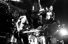 Music, Film, TV and Political News Coverage Jane's Addiction, Nineties Music, Jazz Blues, Photos Of The Week, 25th Anniversary, Instagram Images, Instagram Posts, Rock N Roll, Bury