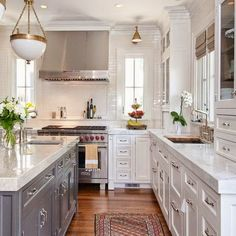 Design blog featuring southern sophisticated interiors. A place to fall in love with design and get inspired.