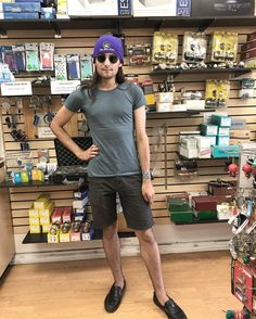 """41.2k Likes, 891 Comments - Drew Monson (@drewmytoecold) on Instagram: """"Asked the lady next to me at a store if she would take a #Picture of me because I wanted to…"""""""