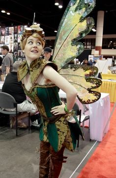Steampunk Tinkerbell cosplay - so cute! I love steampunk Cosplay Steampunk, Steampunk Fairy, Style Steampunk, Steampunk Fashion, Steampunk Belle, Steampunk Wings, Steampunk Images, Victorian Steampunk, Disney Cosplay
