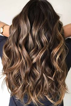 Multi Layered Mix On Brown wavy Hair longhair layeredhair brownbalayage ❤️ We have a photo gallery gorgeous long haircuts that can work for any hair texture and length. You can find haircuts for long hair with layers, with side bangs, trendy haircuts 2018 Haircuts For Long Hair With Layers, Haircuts For Wavy Hair, Long Face Hairstyles, Layered Haircuts, Straight Hairstyles, Trendy Haircuts, Hairstyles Haircuts, Modern Haircuts, Wedding Hairstyles