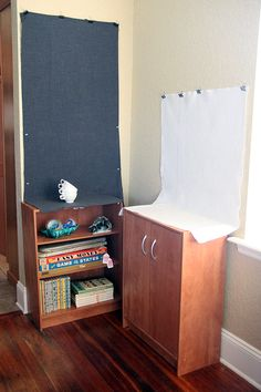 Super simple photo back drop set up. Cute Photography, Photography Projects, Diy Photo Backdrop, Photo Backdrops, Selling Photos, Studio Backdrops, Simple Photo, Crafts To Make And Sell, Hacks