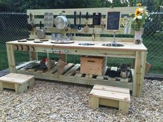 Super diy outdoor fun for kids mud kitchen ideas Outdoor Play Kitchen, Diy Mud Kitchen, Mud Kitchen For Kids, Outdoor Play Spaces, Outdoor Kitchen Design, Outdoor Cooking Area, Outdoor Sinks, Summer Kitchen, Kitchen Ideas