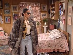 fashion fur A Different World Whitley Gilbert Jasmine Guy Hillman College thee one hundred