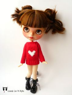 Red sweater for Blythe doll with heart di Cosiendoconmiblythe
