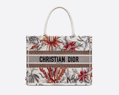 Dior Saddle Bag, Saddle Bags, Dior Boutique, Christian Dior Bags, Chanel Classic Flap, Season Colors, Houndstooth, Pouch, Tote Bag