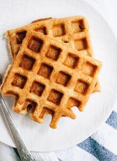 Easy Gluten Free PUMPKIN Oat Waffles