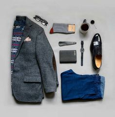 Pairing seasonal favorites with the new classic black watch. _ Use my code DWMARK for off your online purchase! Creative Shirts, Cool T Shirts, Mens Clothing Styles, Clothing Ideas, Men's Clothing, Outfit Grid, Best Mens Fashion, Casual Street Style, Mens Suits