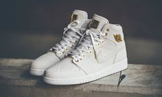 the latest a8671 5f1a0 A Closer Look at the Air Jordan 1