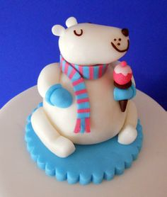Directions for Happy Polar Bear and a whole bunch more cute cakes