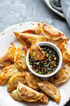 Appetizer Recipes, Dinner Recipes, Spicy Appetizers, Dinner Ideas, Asian Recipes, Healthy Recipes, Spicy Food Recipes, Yummy Food, Ginger Sauce