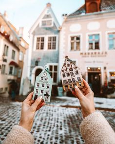 Christmas Market Road Trip Itinerary: Estonia, Latvia, Lithuania - Find Us Lost Christmas Markets Germany, Christmas Markets Europe, Christmas Travel, Estonia Travel, Lithuania Travel, Poland Travel, Winter Travel, Weekend Getaways, Winter Getaways