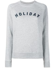 This grey Holiday logo cotton sweatshirt is a refreshing wardrobe staple from the cult travel magazine-turned-clothing brand's coveted capsule collection. Masterfully designed in Italy, this versatile trans-seasonal essential has been expertly fabricated from pure cotton and boasts a ribbed crew neckline, navy 'Holiday' screen print across the chest and long sleeves. Cut with a regular fit, use yours to inject a dose of Parisian cool and the label's modern edge into your daily repertoire…