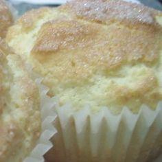 Gluten-Free Goes Vintage: Snickerdoodle Muffins