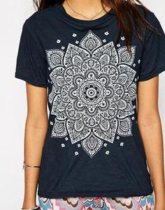 Enlarge Rokoko Festival T-Shirt With Mandala Henna Print