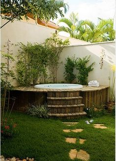 Imagine dipping yourself in these jacuzzi. These outdoor jacuzzi will revitaliz.Imagine dipping yourself in these jacuzzi. These outdoor jacuzzi will revitalize your body after a long tiring day. Hot Tub Deck, Hot Tub Backyard, Backyard Patio, Backyard Landscaping, Backyard Ideas, Pool Ideas, Backyard Privacy, Garden Jacuzzi Ideas, Landscaping Design