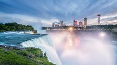 When traveling to Niagara Falls it's all about the views, but where can you find the best spot? Here's my list of the perfect places to see the Falls.