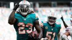 NFL teams that should wear throwback uniforms full-time. Can we please make these permanent?