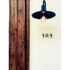 ___landonlyさんの、リクシル,リクシルの玄関ドア,LIXIL,注文住宅,照明,塗り壁,エジソン電球,エジソン球,エジソンバルブ,外壁,マイホーム,外灯,新築,玄関/入り口,のお部屋写真
