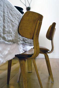 Artelore Home CHAIRS WILLIS MICRO FIBER CHAIR Chaises - Creative carbon fiber furniture by nicholas spens and sir james dyson