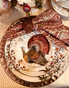 Beautifully detailed gold trimmed dinnerware with hammered gold charger from Pottery Barn for my Thanksgiving table this year. Thanksgiving Dinner Plates, Thanksgiving Dinnerware, Thanksgiving Table Settings, Thanksgiving Traditions, Holiday Tables, Thanksgiving Decorations, Halloween Decorations, Happy Thanksgiving, Peru