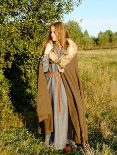 Cloak is part of medieval clothing which protects man from cold. Thanks to its fullness, it makes it perfectly.    This part of reenactment