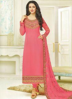 Pristine Embroidered Work Designer Straight Suit Latest Salwar Kameez Designs, Salwar Kameez Online, Suit Pattern, Designer Salwar Suits, Indian Ethnic Wear, All Things Beauty, Chiffon, Formal Dresses, Lady