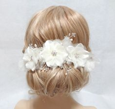 Wedding bridal headpiece, white headpiece, crystal bridal headpiece, bridal hair clip, floral headpiece,wedding accessory