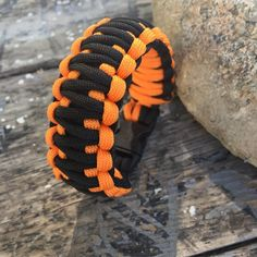 Reposting @bdbahadirr: ... This is an awesome paracord bracelet. #paracord #wildwolfparacord