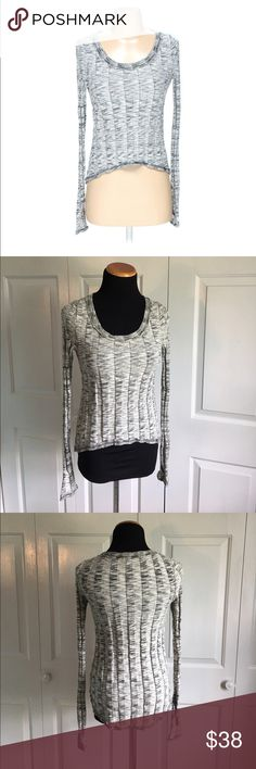 Silence & Noise Gray Marled Sweater Silence and noise top from urban outfitters. Gray and black marl pattern long sleeve top. Excellent condition, no flaws. Urban Outfitters Sweaters