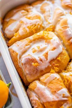 Meyer Lemon Sweet Rolls from The Food Charlatan. These Meyer Lemon Sweet Rolls are packed with so much flavor! They are for true lemon lovers! They are just like cinnamon rolls but with lemon. These rolls are easy to make and come together pretty quickly. The cooked lemon filling is kind of like lemon caramel. The rolls are soft and tender. And the lemon glaze is perfectly sweet and tart! You can make this recipe with regular lemons but I love the slightly sweeter scent and flavor of Meyers. Brunch Recipes, Breakfast Recipes, Dessert Recipes, Cinnamon Bread, Cinnamon Rolls, Lemon Filling, Lemon Recipes, Bread Recipes, Rolls Recipe