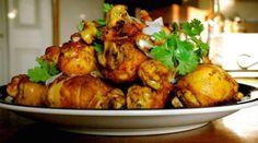 Avec mes croustillantes cuisses de poulet à la Thaïlandaise, je cuisine exotique, léger et à moindre coût. Une recette originale qui vous fera voyager! J'adore cuisiner de bons produits frais, e