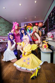Twilight Sparkle, Applejack, Pinkie Pie, Rarity, Rainbow Dash and Fluttershy from My Little Pony: Friendship is Magic #MLP