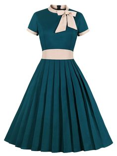 Bow Collar Cotton Dress With Pockets – Jolly Vintage 1950s Fashion Women, 1950s Fashion Dresses, Vintage Fashion 1950s, African Fashion Dresses, Fashion Outfits, 1950s Style Dresses, Emo Fashion, Rockabilly Dresses, Club Fashion