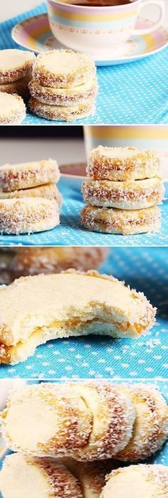 Bizcochitos cariñosos y ese cariño si se deshace en la boca. Sweet cakes and that love if it melts in your mouth. # affectionate to do cake Start by mixing of cornstarch, x. Mexican Food Recipes, Sweet Recipes, Cookie Recipes, Dessert Recipes, Dessert Simple, Biscuit Cookies, Yummy Cookies, Mini Sandwiches, Pan Dulce