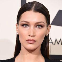 Bella Hadid •tons terrosos l makeup grammys 2016
