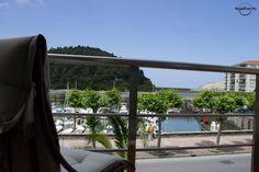 El hotel-restaurante Kaian, un negocio familiar que consta de 2 magníficos restaurantes, un bar con terraza-lounge y su sección hotelera consta de 7 habitaciones totalmente equipadas para que disfruteís del máximo confort