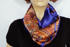 06ccb5c70ce5 Foulard en satin de soie bleu électrique   Echarpe, foulard, cravate par  iguana-