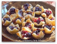 Puff pastry, brie & cranberry sauce...sounds good