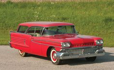 1958 Oldsmobile 88 Holiday Fiesta Station Wagon