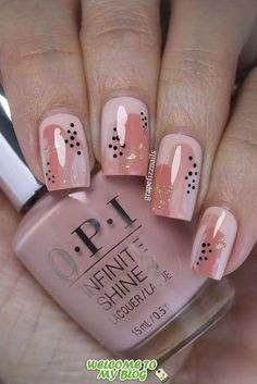 Neutral Abstract Nail Art, OPI - Makeup & Nails&hair 5 practical ways to apply nail polish without errors Es ist fa Spring Nail Art, Spring Nails, Summer Nails, Nail Art Abstrait, Cute Nails, Pretty Nails, Cute Nail Art, Purple Nail, Ombre Nail