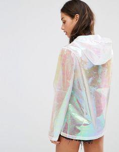Bild 2 von Missguided Petite – Regenmantel mit holografischem Finish