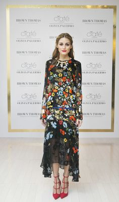 Olivia Palermo wears a Preen floral dress, with jewellery from BaubleBar, and Christian Louboutin red stilettos at an event in Dublin, Ireland promoting her latest collaboration with beauty brand Ciaté, October Olivia Palermo Outfit, Estilo Olivia Palermo, Olivia Palermo Lookbook, Vestido Maxi Floral, Black Floral Maxi Dress, Floral Dresses, Podium, Looks Chic, The Dress