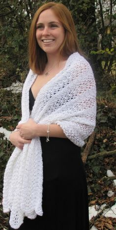 I love the Feather and Fan pattern. Free Universal Yarn Pattern : High Effect Feather and Fan Shawl